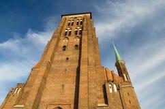 Ceglanego domu wierza z iglicami St Marys kościół, Gdańskimi, polityk zdjęcia royalty free