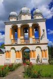 Ceglany zvonnitsa kościół w Jurowce, blisko Sanok (Polska, Podkarpackie prowincja) zdjęcie stock