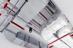 Ceiling chilling airpipe airway air ventilation