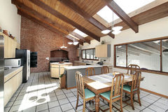 ceiling kitchen skylights wood στοκ φωτογραφία