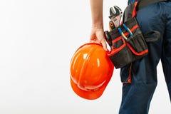 Ceinture de construction sur un homme avec le carnet de journal intime un modèle de constructeur de ceinture d'outil de stylo d'i image libre de droits