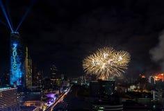 Celebração BANGUECOQUE dos anos novos do fogo de artifício, TAILÂNDIA - 31 de dezembro, Imagem de Stock Royalty Free