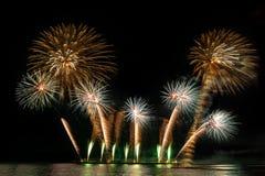 Celebração da exposição dos fogos de artifício fotos de stock royalty free