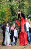 Celebração de Dia das Bruxas no castelo de Bunratty, condado Clare, Irlanda, em outubro de 2014 Imagem de Stock