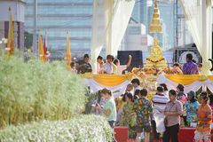 Celebração de Songkhran no parque de Lumpini fotos de stock royalty free