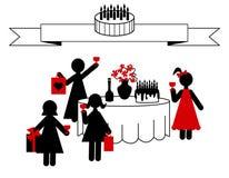 Celebração do aniversário com amigos em casa Fotos de Stock Royalty Free