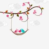 Celebração do dia de Valentim com pares cortados do pássaro do amor Imagens de Stock Royalty Free