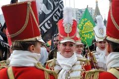 Celebração do dia do ` s de St Patrick em Moscou Faixa dos bateristas das mulheres Fotos de Stock Royalty Free