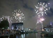 Celebração dos fogos-de-artifício de Macy em New York City Fotografia de Stock Royalty Free