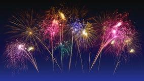 Celebra??o colorida dos fogos-de-artif?cio e o fundo crepuscular do c?u foto de stock royalty free