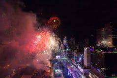 Celebración BANGKOK, TAILANDIA de los Años Nuevos del fuego artificial - 31 de diciembre, Fotos de archivo libres de regalías