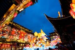 Celebración china en el jardín de Yuyuan en Shangai, año del Año Nuevo del caballo. Imagen de archivo libre de regalías