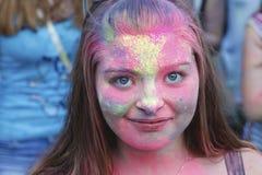 Celebración colorida, el festival de los colores Holi Imagen de archivo