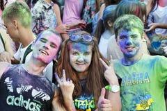 Celebración colorida, el festival de los colores Holi Foto de archivo