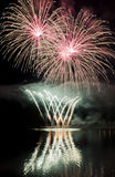 Celebración con la demostración de los fuegos artificiales Fotografía de archivo