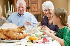 Celebración de acción de gracias con los abuelos Imágenes de archivo libres de regalías