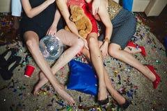 Celebración de día de fiesta con los amigos Fotos de archivo