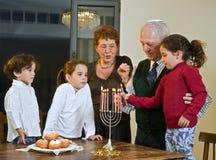 Celebración de Hanukkah imagenes de archivo