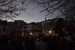 Celebración de la aduana tradicional del carnaval de Ragoutsaria en Kastoria, Grecia Fotos de archivo