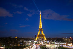 Celebración de la iluminación del Año Nuevo en la torre Eiffel el 1 de enero de 2013 Imagenes de archivo