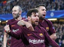 Celebración de la meta de Lionel Messi y de Jordi Alba fotografía de archivo