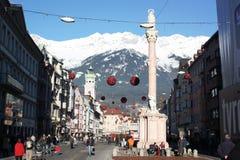 Celebración de la Navidad en el centro de ciudad en Innsbruck Imagen de archivo