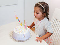 Celebración de la niña del cumpleaños Imagenes de archivo