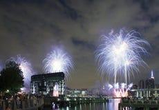 Celebración de los fuegos artificiales de Macy en New York City Fotografía de archivo libre de regalías