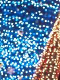 Celebración Defocused del Año Nuevo de la Navidad del rojo azul festiva Fotografía de archivo