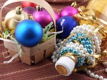 Celebración del Año Nuevo y de la Navidad con el bootle y los diamantes del champán Foto de archivo