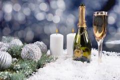Celebración del champán de la Navidad Foto de archivo
