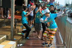 Celebración del festival de Songkran, el Año Nuevo tailandés en Phuket Fotos de archivo