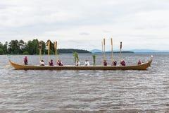 Celebración del pleno verano en la tradición sueca foto de archivo
