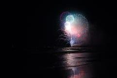 Celebración feliz de los fuegos artificiales Imagenes de archivo