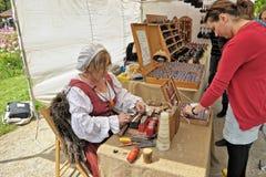 Celebración medieval del mercado en Cinquantenaire Parc en Bruselas, Bélgica Imagen de archivo libre de regalías
