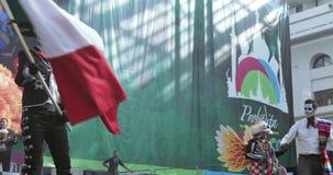Celebración mexicana del carnaval de los muertos almacen de video