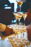celebración Pirámide de los vidrios del champán Fotos de archivo libres de regalías