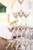 celebración Pirámide de los vidrios del champán Entonado suavemente Fotografía de archivo libre de regalías