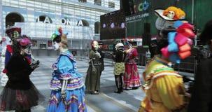 Celebraci?n mexicana del carnaval de los muertos almacen de video