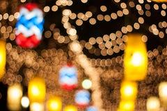 Celebraciones de la Navidad y del Año Nuevo, adornadas con las luces Foto de archivo