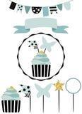 Celebratory kaka med uppsättningen av garnering, toppers, stearinljus och gummin stock illustrationer