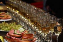 celebratory tabell Royaltyfri Bild