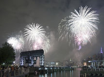Celebrazione dei fuochi d'artificio di Macy in New York Immagine Stock