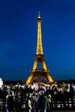 Celebrazione di illuminazione dell'nuovo anno alla torre Eiffel il 1 gennaio 2013 Fotografie Stock