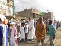 Celebrazione musulmana che marcia in vie di Nairobi Fotografie Stock