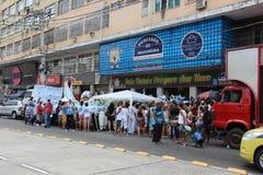 Celebrazioni di Yemanja alla spiaggia di Copacabana Fotografie Stock