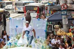 Celebrazioni di Yemanja alla spiaggia di Copacabana Immagini Stock