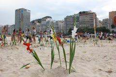 Celebrazioni di Yemanja alla spiaggia di Copacabana Fotografia Stock Libera da Diritti