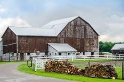 Celeiro de Amish foto de stock