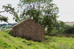 Celeiro de pedra velho, North Yorkshire, Inglaterra Imagem de Stock